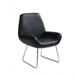 Стол B107 черна кожа