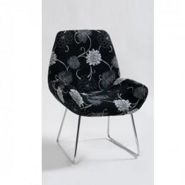 Стол B107 черно и бяло